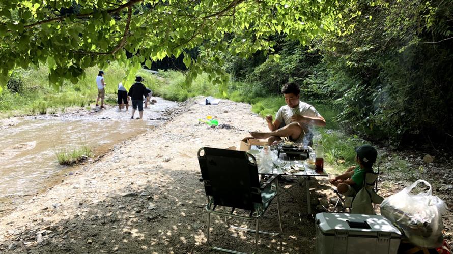 駐車場も全て無料・BBQ可・水もきれいで子供が遊べる川遊び穴場スポット!大阪 千早赤阪村 名もなき小さな川